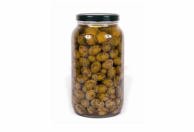 Olive verdi giganti intere in olio